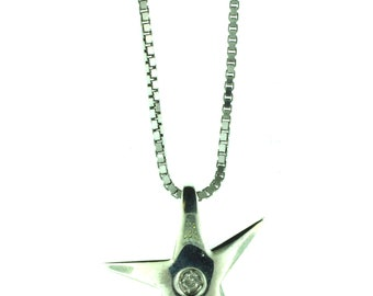 "A 18/16"" sterling silver necklace featuring a silver starfish with diamond pendant."