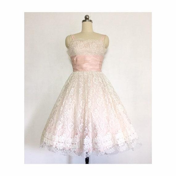 Vintage 1960s Prom Dress   Lace Taffeta Dress   60