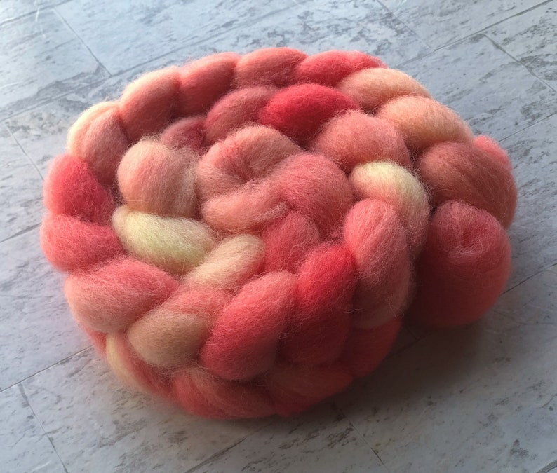 Needle Felting Hand Dyed Wool Roving Spinning Fiber Wet felting Coral Polwarth Wool