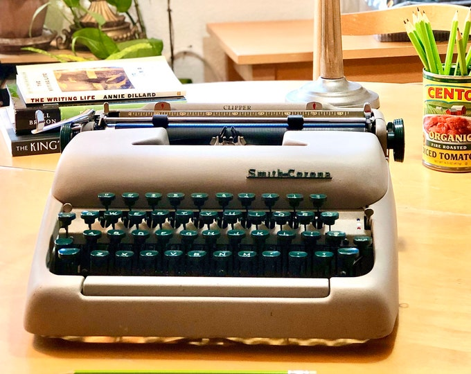 Featured listing image: 1956 Smith Corona CLIPPER - PORTABLE Working Manual Typewriter