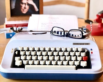1980s OLIVETTI UNDERWOOD 378, Working Manual Ultra-Portable Typewriter