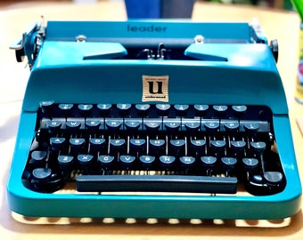 1957 Underwood LEADER *GOLDEN TOUCH* Portable, Working Manual Typewriter