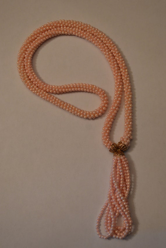 Pink Beaded Necklace/Vintage/Trendy/1970s