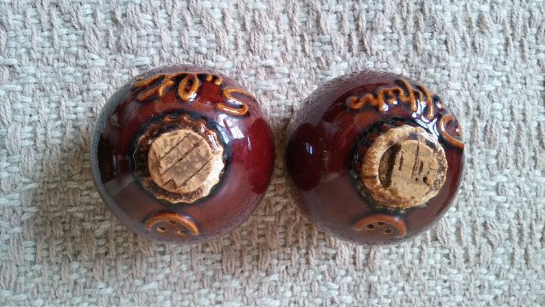 HULL POTTERY Salt /& Pepper Shakers Brown Drip Glaze Oven Proof Vintage Ceramic