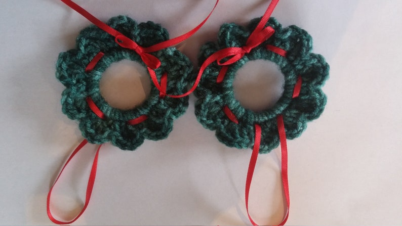 Crocheted Christmas Wreath Ornament Etsy