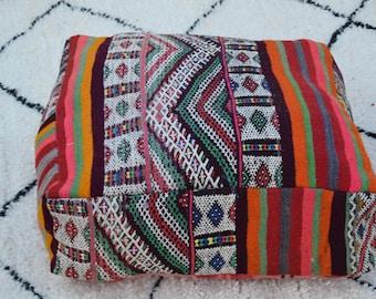 Moroccan poufs Embroidered Home decor pouf Decorative pouf  Handmade Berber poufs Vintage poufs Kilim pouf floor pouf  pillow