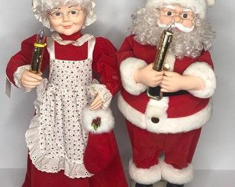 5c14efc1144fe Vintage Telco Motionette Animated Light Up Santa   Mrs Claus Figurines 25