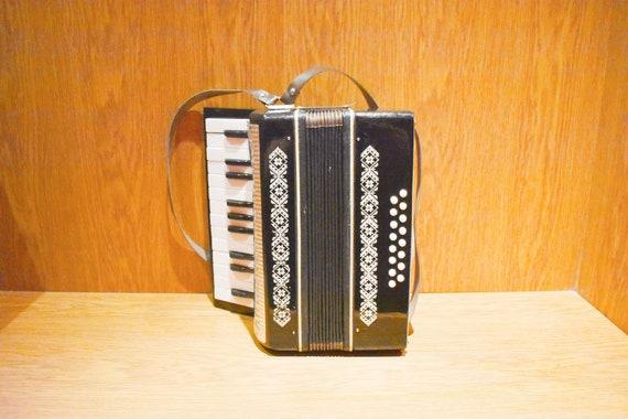 Children's accordion, Vintage Russian accordion, Accordion children,  Vintage accordion, Musical instrument for children, Russian accordion