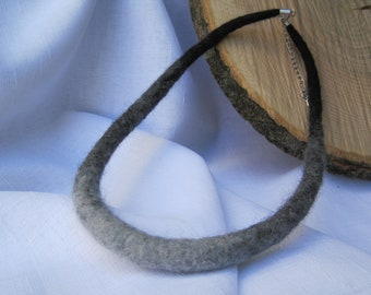 Felted Necklace, Felt grey rope necklace, Felted Wool Rope Necklace Felt Wool Jewellery Felt Necklace of wool Textile Jewelry, Grey Necklace