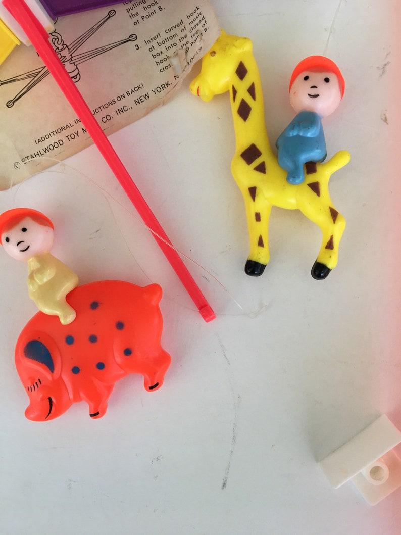 Vintage Crib Mobile Stahlwood Toy Musical Carousel Crib Mobile Retro Nursery Decor Horse Fish Piggy Hippo Giraffe.