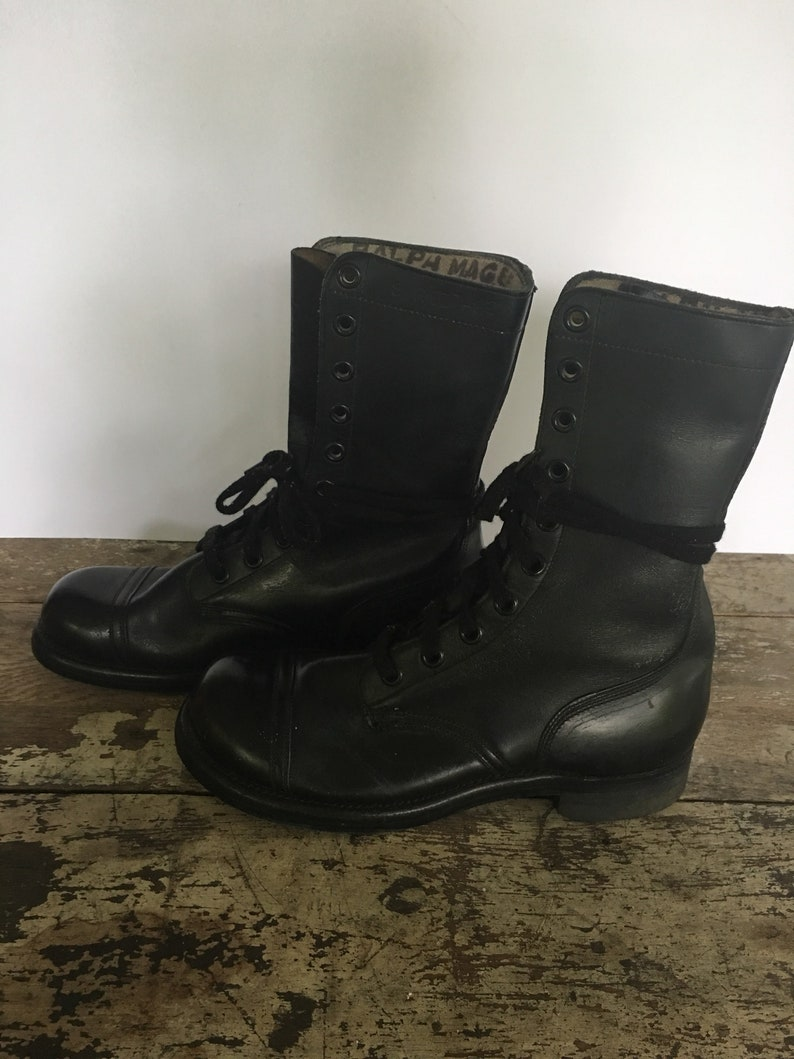 3059a46495222 Vintage 60s Combat Boots US Military Issue 1962 KU Black Leather Boots Mens  Size 8R Military Police Boots