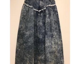 """Vintage 80's Acid Wash Denim Blue Jean Maxi Skirt With Lace Detail 13"""" Waist"""