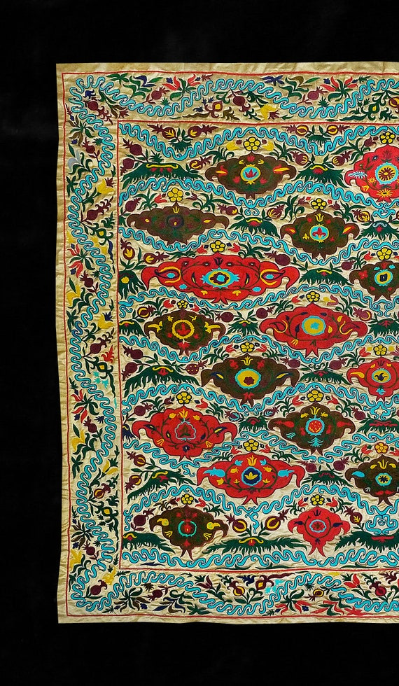 Handmade Uzbek Suzani | Etsy #silkembroidery | mantel | Hand