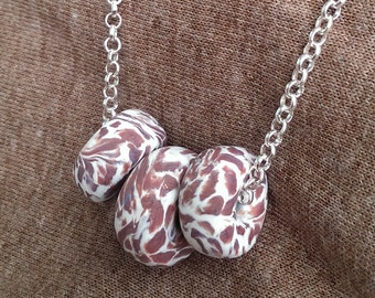 Chocolate chip donuts -necklace
