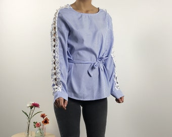 Blouse FILO with lace and pearls