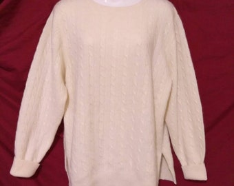 Vintage 1960's Lord and Taylor The Country Clothes Shop 2-ply 100% Cashmere Cableknit sweater