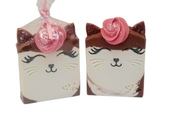homemade cat soap, natural cold process soaps, peppermint, stocking stuffers, unique gift for cat lovers