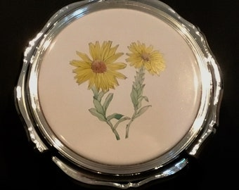 A ROGERS Trivet Ceramic Center for Hot Dishes or a Cheese Tray New WM Giftable Reduced