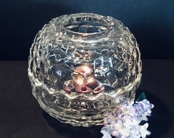 2 Pi CANDLE BOWL VOTIVE Colony Cube Clear Crystal Candle Holder Glass Clear Scalloped Edges Heavy Cubist Stacked Cube Excellent Condition