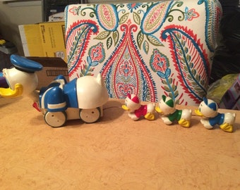Donald Duck with Huey, Dewey, & Louie Vintage Musical Pull Toy