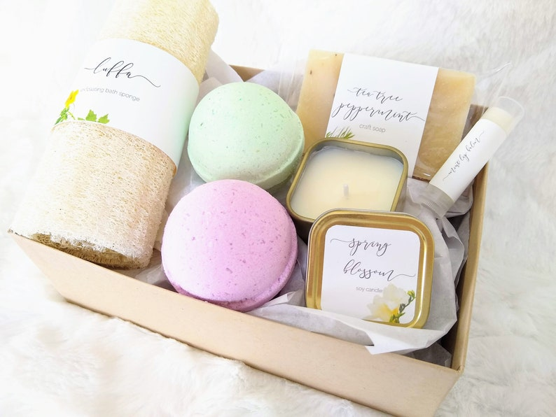 Happy Birthday Gift Set Spa Basket 18th