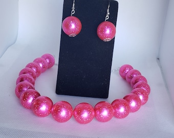 Acrylic and Glitter Gumball Bead Earrings and Necklace Set in Blue