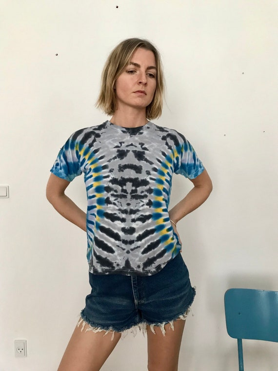 Vintage Tie-dye T-shirt - image 2