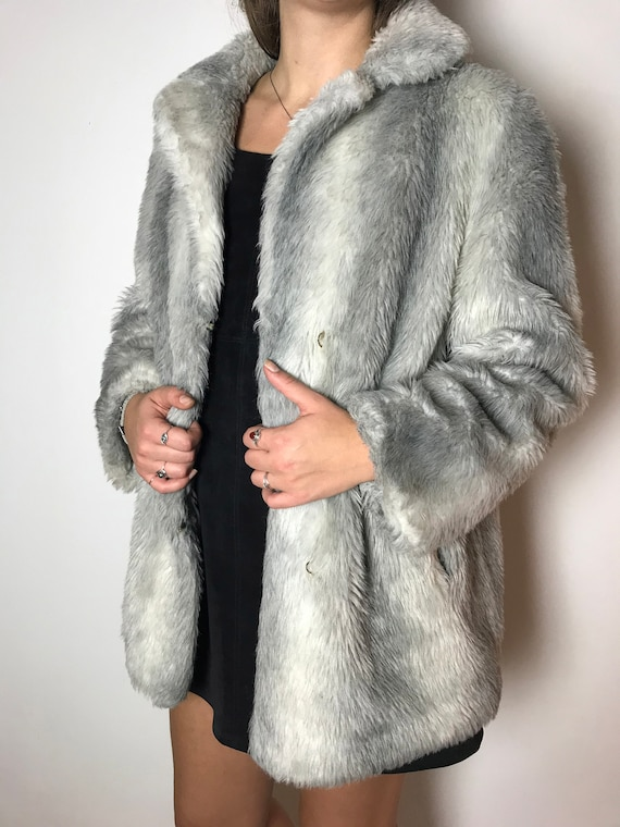 Vintage Faux Fur / Fluffy Fake Fur / Silver Grey / Winter Jacket