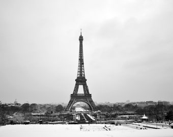 Lot of 5 rare photos of the Eiffel Tower and Paris under the snow, to print yourself
