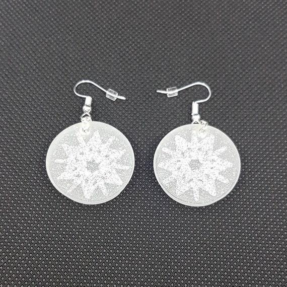 Snowflake dangle earrings black white resin silver glitter Earrings pendant snowflake black resin black white silver sequins