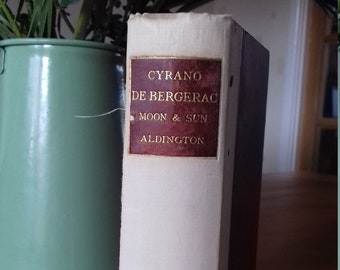 Cyrano de Bergerac: Voyages to the Moon and Sun, Trans. Richard Aldington