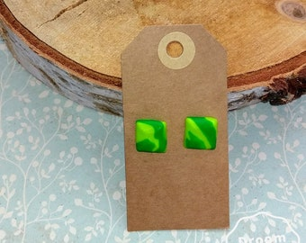 Green studs earrings; Size XL