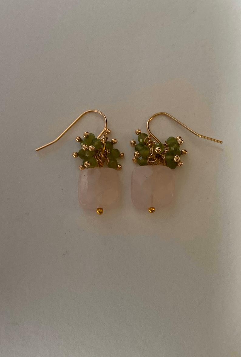 Rose Quartz Faceted Square Stone and Peridot Gold Earrings Rose Quartz Stud Earrings Rose Quartz Geometric Earrings Pink Stone earrings