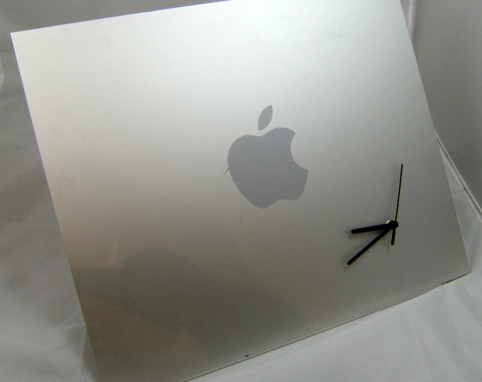 Apple PowerMac G5 / MacPro Side Panel Clock