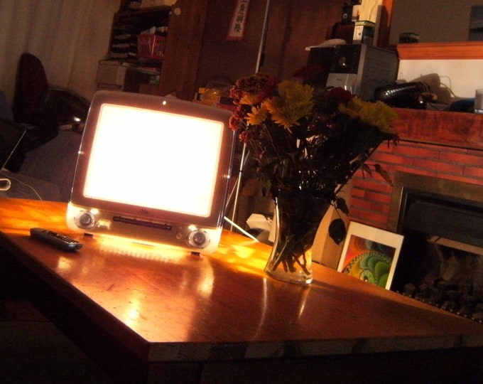 Apple iMac G3 table lamp