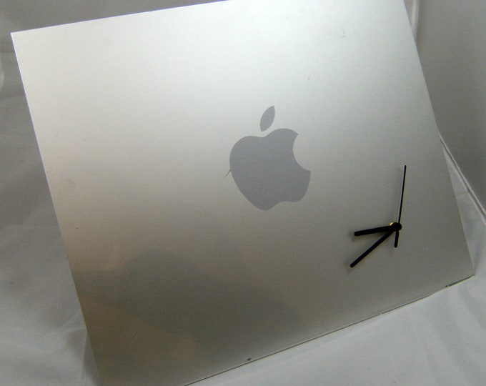 Apple PowerMac G5 / MacPro Side Panel Clock