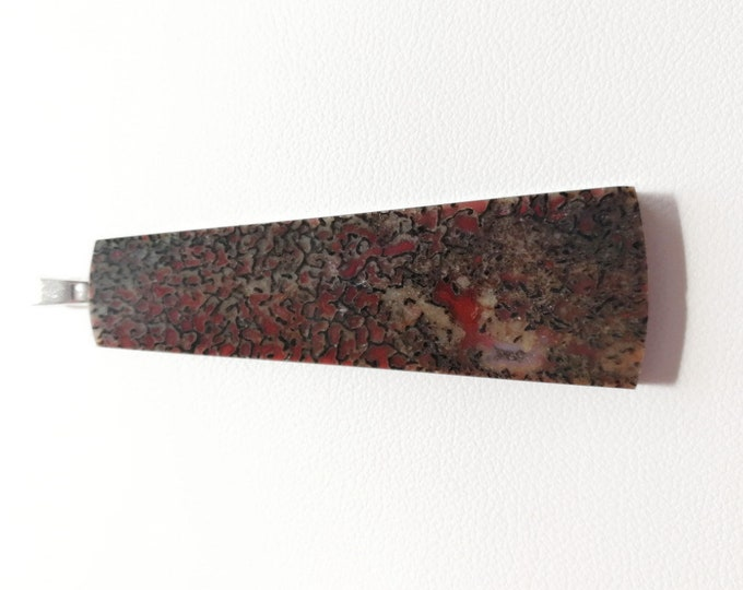 Rouge-Marron / Os de Dinosaure fossilisé - Très joli tranche montée en pendentif - 8 grs