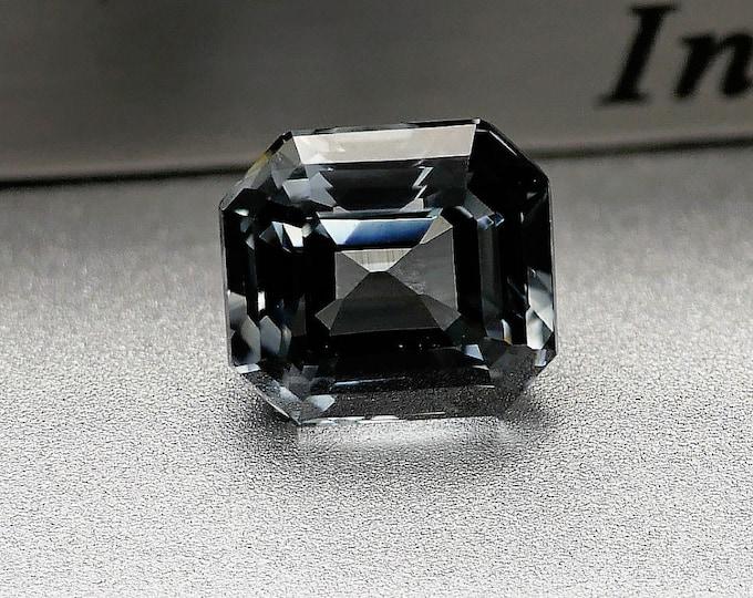 Bleue / SPINELLE BLEUE - 1.75 CTS - Pierre facettée - 6X5X5mm - Montage bijoux - Collection