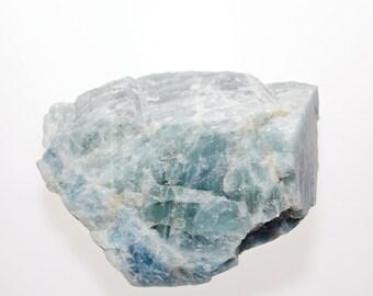 Bleu-vert / AIGUE-MARINE - Gros Cristal Brut avec base - 1337grs - 145X115X69 mm