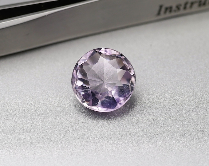 Purple / AMETHYST - faceted - round - cut 5.05 CTS - 10X10X7mm - mount jewels - Collection