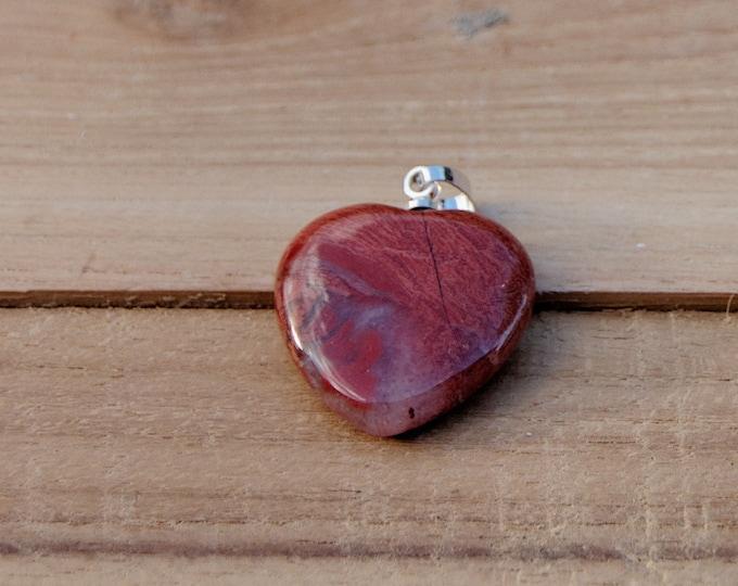 JASPE ROUGE - Très joli coeur monté en pendentif - 3,8 g