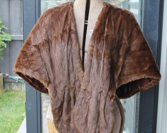 K. Feitel Furrier Brown Fur Stole
