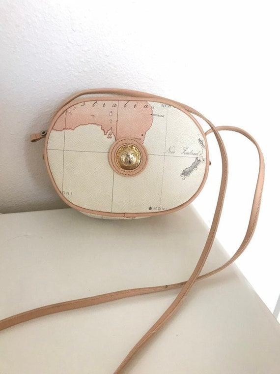 Wold Map Purse/ Vintage World Map Bag/ World Map h