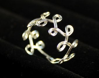 Delicate Spiral Twist Ring – Silver Plated