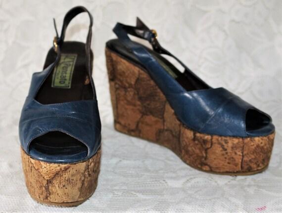 SALE 10/% OFF Vintage 1980/'s Black /& Lilac Woven Espadrilles Wedges Platform Shoes Lace Up