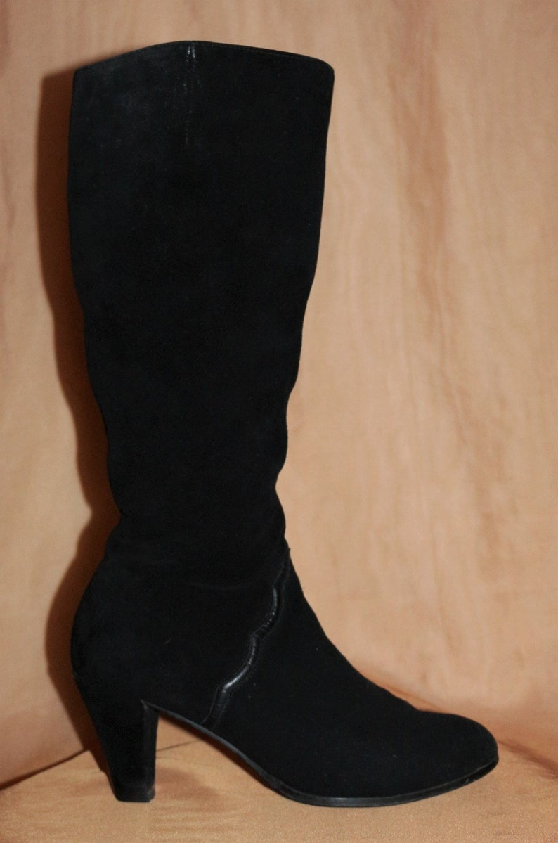 0f39eddf5b26 Boot size 39 6 leather boots 70s black suede 80s vintage