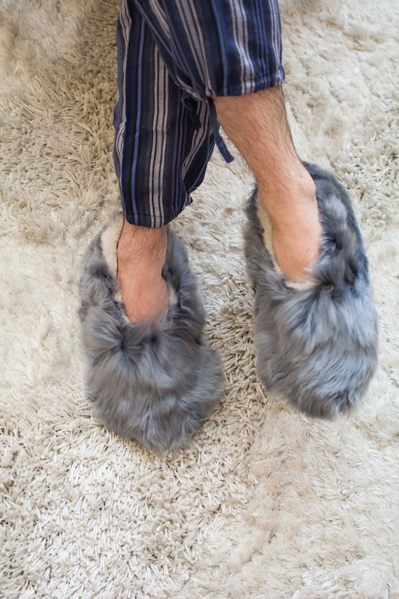Vintage Fluffy Real Fur Slippers Off White Llama?Alpaca Size 6 Women From Peru