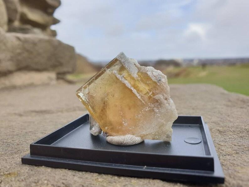 Crystals Unique crystals Rare minerals Aljustrel mine Minerals Fine minerals Barite and Dolomite Healing crystal Rare Baryte