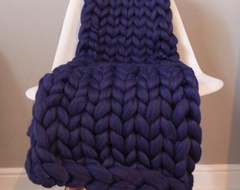 Chunky knit blanket - Medium - Navy