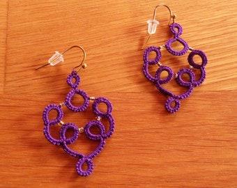 Purple pearls tatting earrings gold